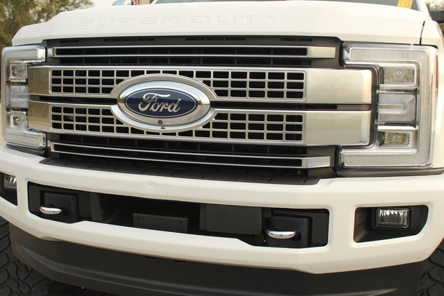 Pre-Owned 2019 Ford Super Duty F-250 Pickup Platinum