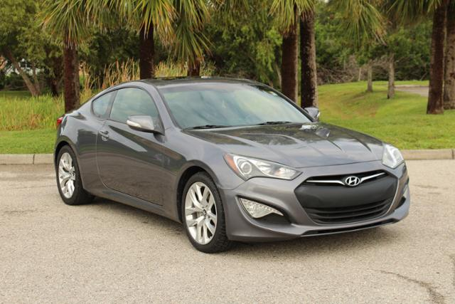 Pre-Owned 2014 Hyundai Genesis Coupe 3.8 Grand Touring 2dr Car in ...