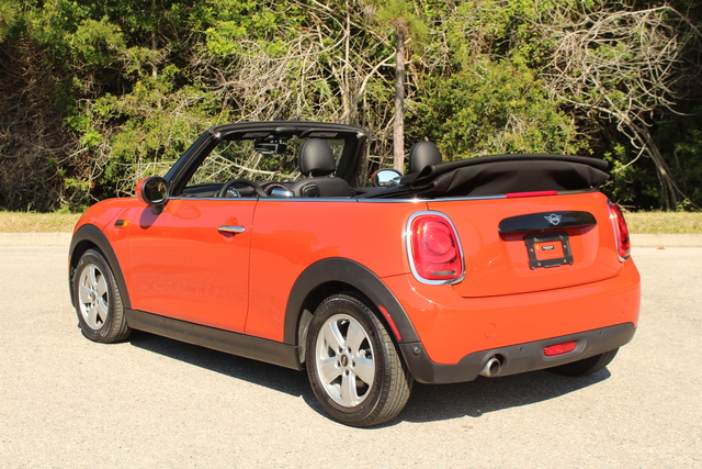 Pre-Owned 2019 MINI Convertible Cooper